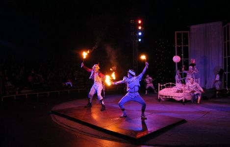 circus battle with fire