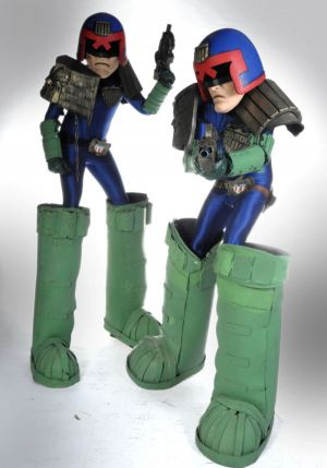 Judge Dredd Stilts