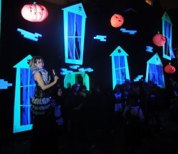 Makeover For Jonathan Ross House At Halloween